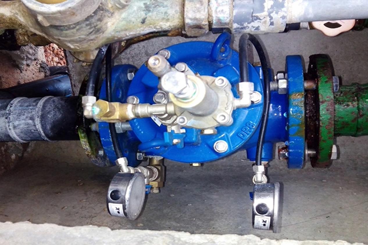 instalacion-valvula-reductora- presión-alivio-rapido-Agua-Potable-Ajuntament-Benifairo-IMG_4464