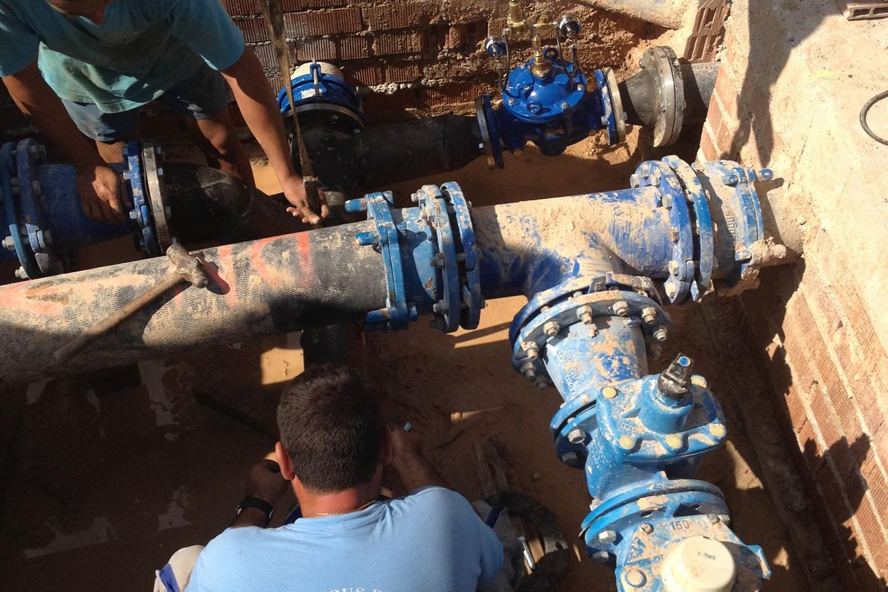instalacion-valvula-reductora-presion-agua-potable-ajuntament-palmera-foto-4