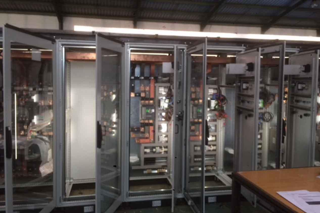 Riegos-Pous-Cuadros-electricos-automatismos-equipos-control